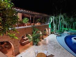 Hotel Casa Cielo Boutique cuenta con amplias zonas verdes y Juegos infantiles