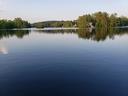 Le lac est absolument agréable pour la baignage ou juste pour se promener un peu en pédalo ou en paddleboard ;)