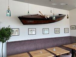 LASTADIA Restaurant inside