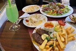 מסעדה מומלצת בפראג אוכל מצוין טעים טרי ונקי ושירות הכי טוב שיש