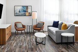 Deluxe Guest Room Living Area