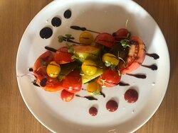 Tree colors tomato salde