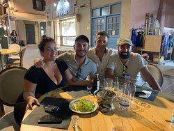 Super restaurant sur le port Venissien