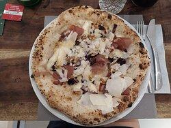 Pizza Creativa Radicchio e Speck