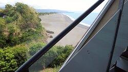 長く続く海岸線を見下ろしながら【ランチ】シーハウス/高知県芸西村そこからさらに筒井美術館へ