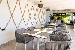 Yacht Bar and Restaurant