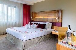 Romantic guest room