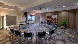 Kilo Meeting Room