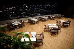 The City Cafe & Bar Terrace