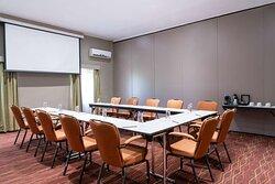 Sherbro meeting room with U-shape setup