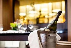 Azul Restaurant Champagne