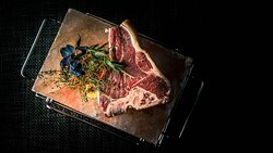 Chophouse aged beef