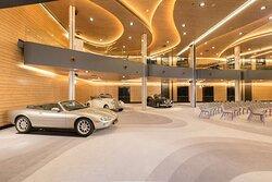Car presentation in the ballroom