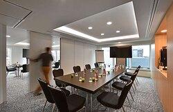 Versatile Meeting Room