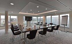 Rooftop Meeting Room U-shape