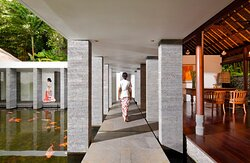 COMO Shambhala Retreat - Corridor