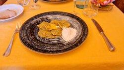 Tortelli di Baccalà con salsa di verdure e burrata