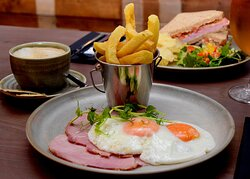 Honey baked ham, fried egg and chips - currently available on our Lunch time menu.  (September 2021 - menus are subject to change).