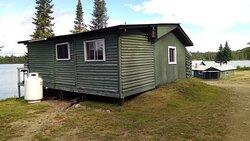 camp numero 4  tres confortable    et tres belle vue  sur le lac