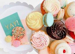 macarons, cupcakes and cookies!