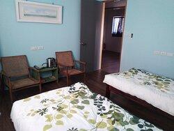雅房(twin bed room with share bathroom)
