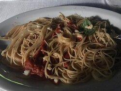 Spaghetti a la Vincenzo. ;-)