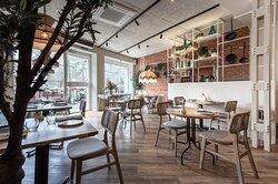 Salon interior Can Bonet Madrid. Cocina catalana en Madrid