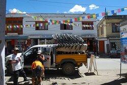 Bike trip to Khardung La