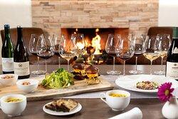 Wine tasting with food pairing