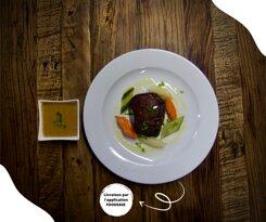 Par cette fraîcheur, nous vous proposons un plat réconfortant. 🌧💕  Dégustez ce Chateaubriand de 250 grammes, agrémenté de son onctueuse sauce au poivre et accompagné de sa gourmande purée de pommes de terre #faitmaison parfumée d'huile de truffe. 🥩🥔  Disponible sur votre application Foodease par ici 👉https://bit.ly/foodeasebrasserieremparts