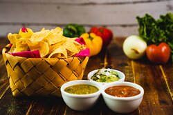 Chips & Salsas