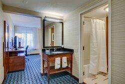 Guest Bathroom - Shower/Tub Combo