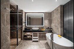 家庭房浴室