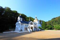 Троице-Георгиевский женский монастырь