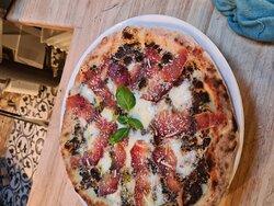 Pizza Tartufona