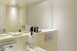 scandic front room standard bathroom