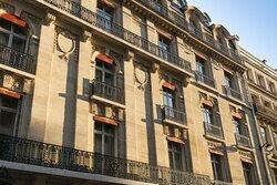 Facade, La Clef Champs-Élysées Paris
