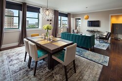 Franklin Suite Living Area