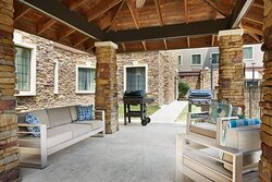Outdoor Patio seating with Grill