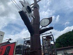 青梅街道沿いの博物館看板。