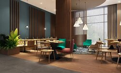 Midtown restaurant conceptually merges with the hotel lobby, and this is the place where hotel guests can appreciate the free Hampton hot breakfast, which includes a wide range of traditional dishes, healthy options and famous freshly baked waffles, so beloved by guests of Hampton by Hilton around the world.  In the warm season, hotel guests have a great opportunity to sit on the summer terrace of the restaurant.