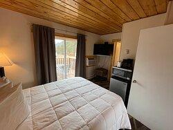 Family Studio with Deck - Queen Bed Bedroom