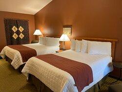 2 Queen Bed Riverside