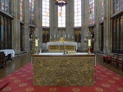 Brussels, Notre Dame du Sablon Church, altars