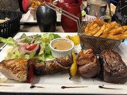 Brochette bœuf/canard/poulet /saucisse