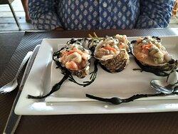 huitres,St jacques et saumon