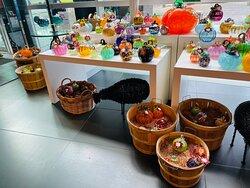 Interior decorative items made of glass
