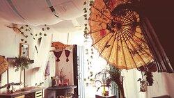 Unicornium es un espacio armónico y natural que te invita a relajarte