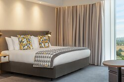 Holiday Inn Interconnecting Accessible Bedroom