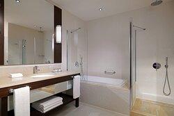 Executive Guest Room - Bathroom